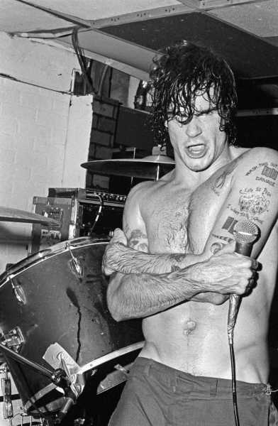 Henry Rollins / Black Flag / Cathay De Grande / Hollywood / September 15, 1983